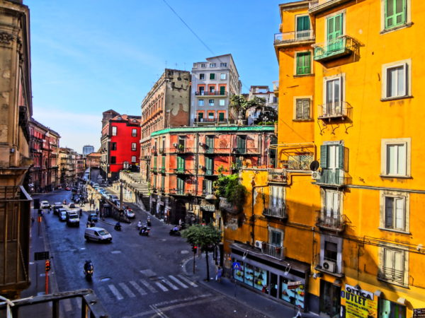 Street in Naples 2_Photo Copyright by Sonja Irani | RevisitEurope.com